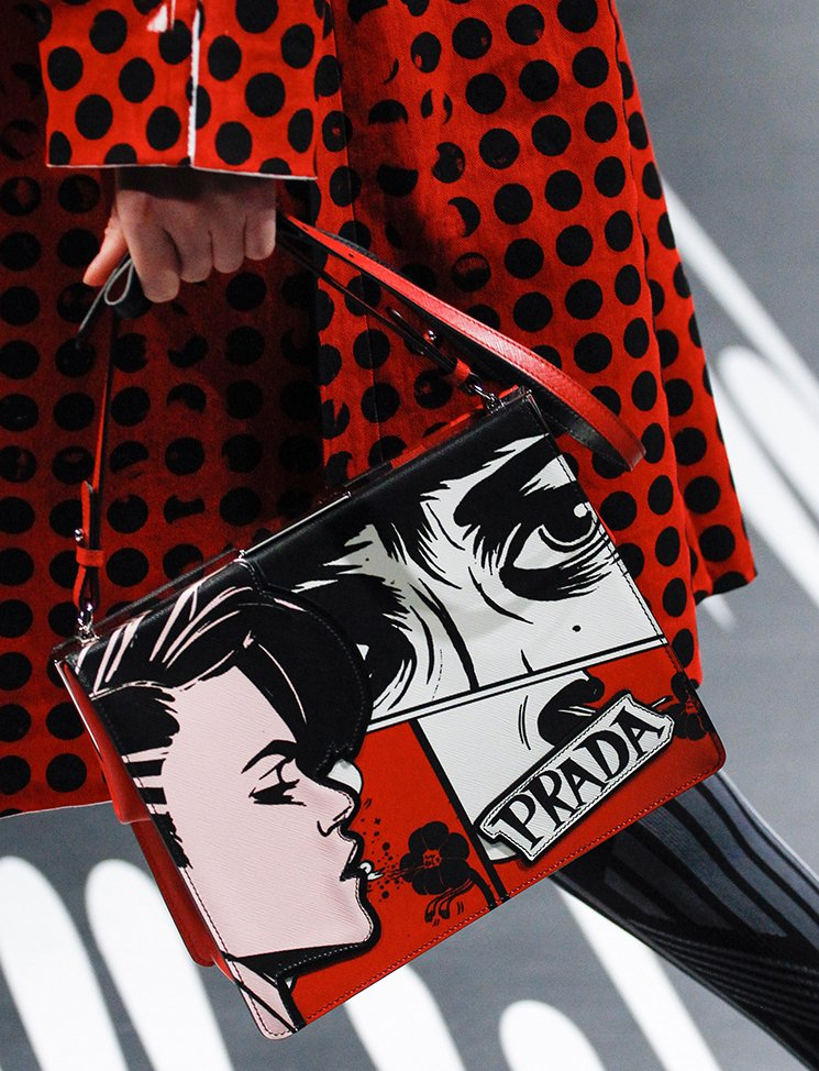 Prada-Spring-Summer-2018-Runway-Bag-Collection-41
