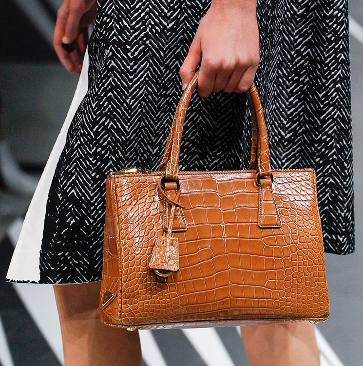 Prada-Spring-Summer-2018-Runway-Bag-Collection-48