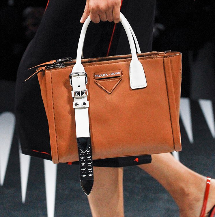 Prada-Spring-Summer-2018-Runway-Bag-Collection-9