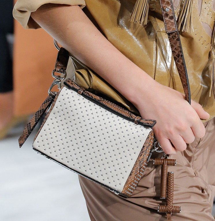 Tods-Spring-Summer-2018-Runway-Bag-Collection-11