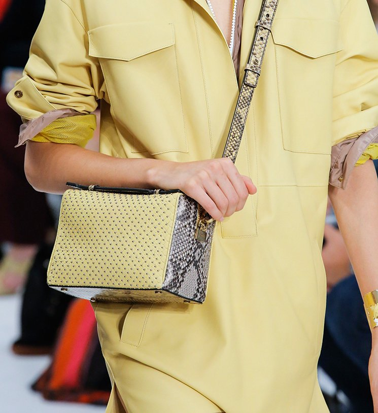Tods-Spring-Summer-2018-Runway-Bag-Collection-17