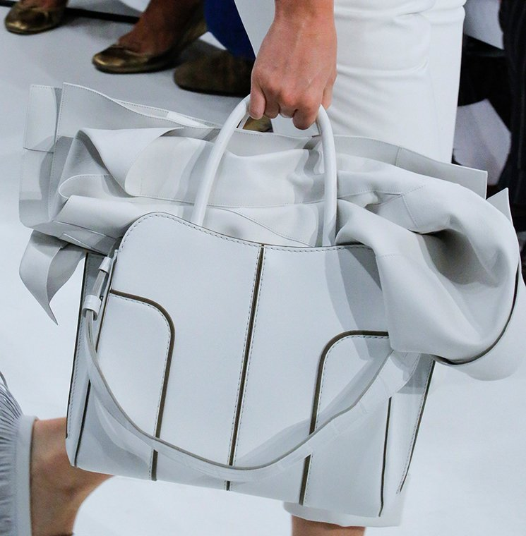 Tods-Spring-Summer-2018-Runway-Bag-Collection-2