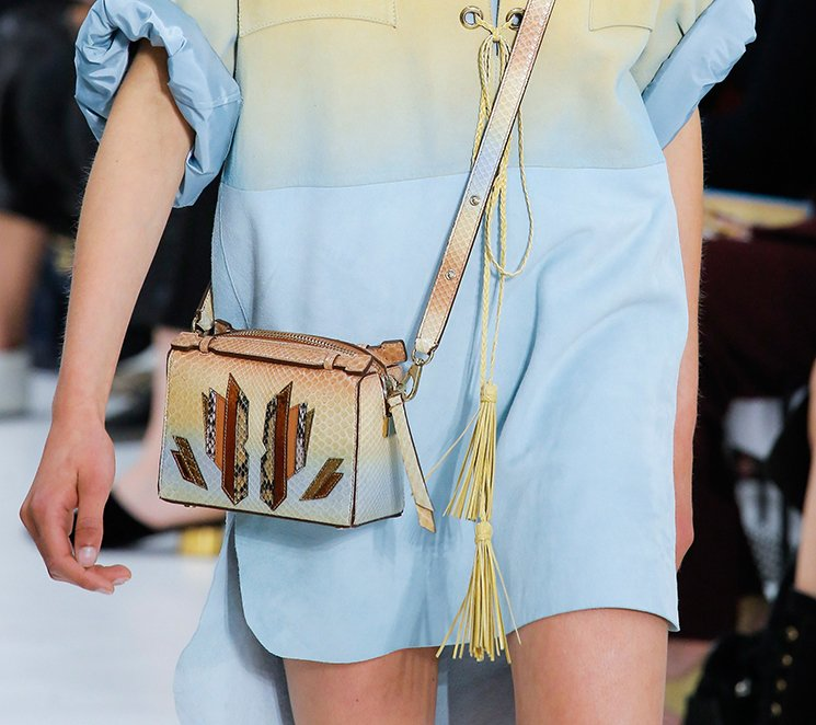 Tods-Spring-Summer-2018-Runway-Bag-Collection-20