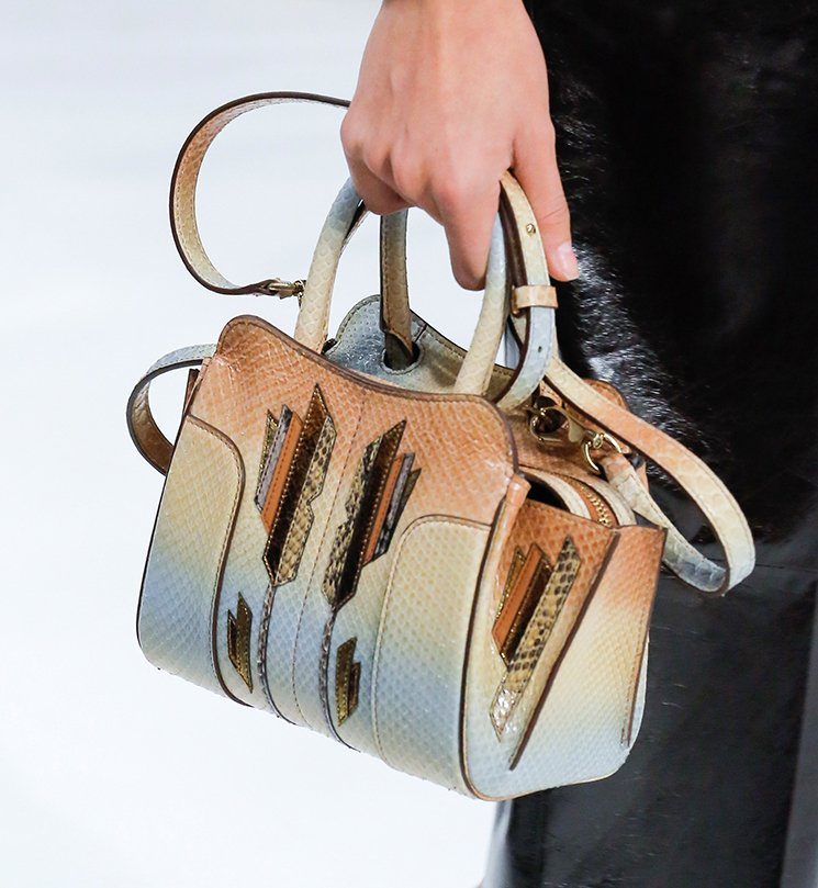 Tods-Spring-Summer-2018-Runway-Bag-Collection-26