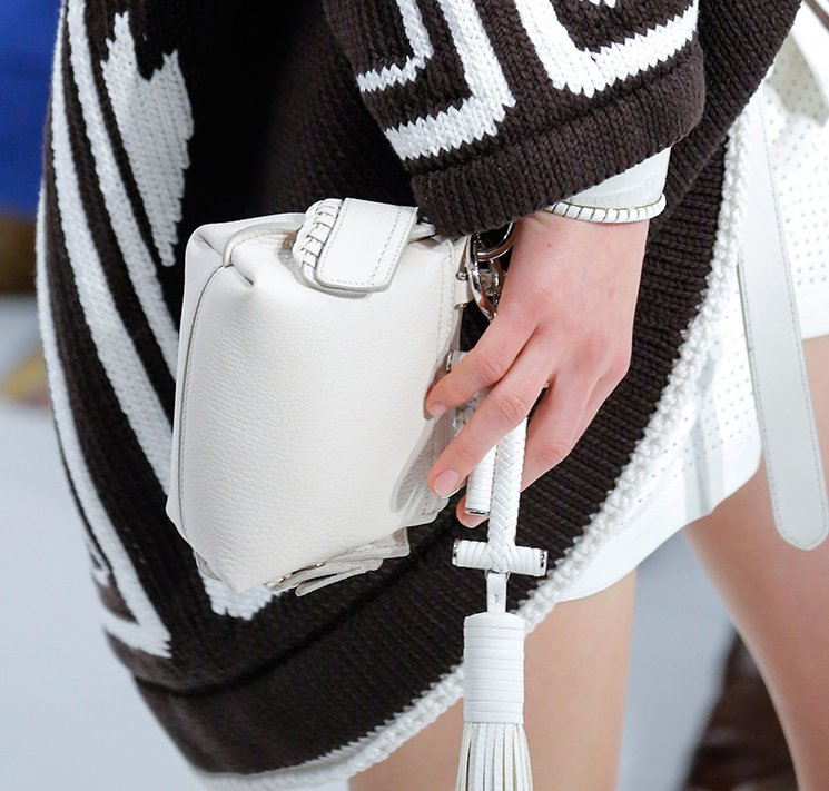 Tods-Spring-Summer-2018-Runway-Bag-Collection-28