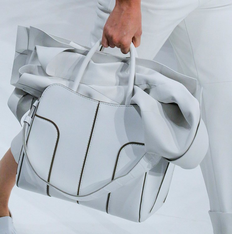 Tods-Spring-Summer-2018-Runway-Bag-Collection