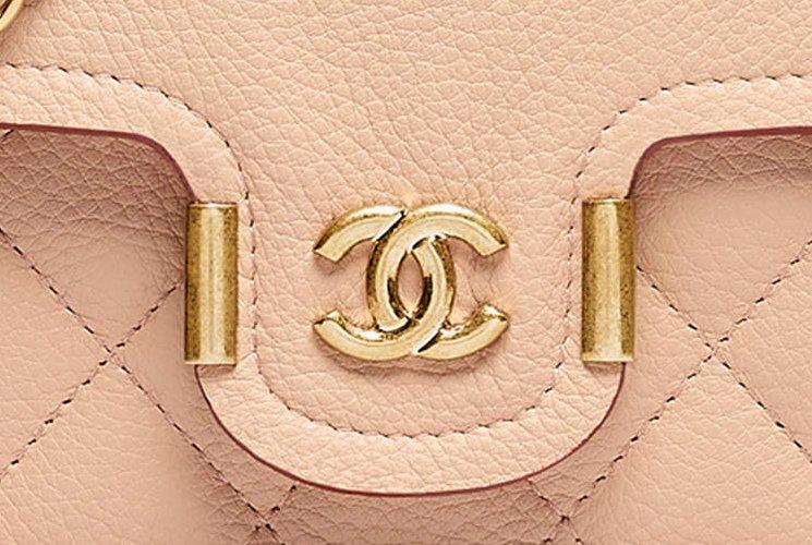 Chanel-Archi-Chic-WOC-3