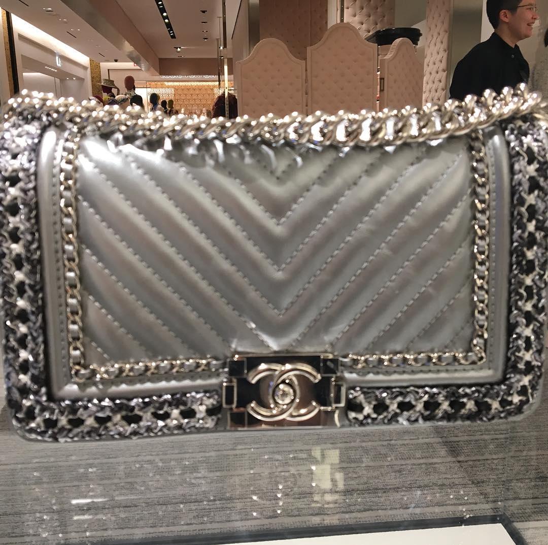 Chanel-Boy-Chevron-Braid-Around-Chain-Flap-Bag
