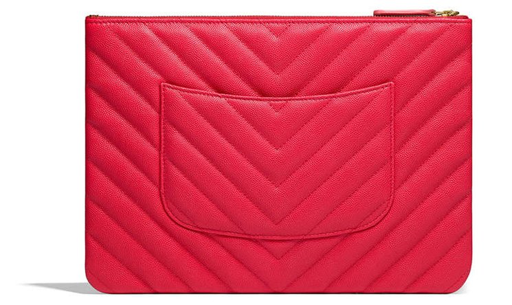 Chanel-Chevron-O-Cases-with-Charm-4