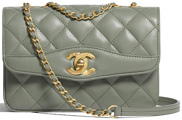 Chanel-Coco-Vintage-Flap-Bag-3