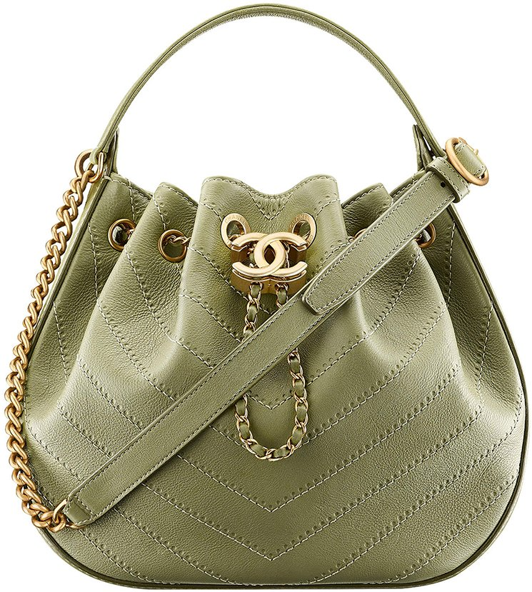 834ed2c37e03 Chanel-Cruise-2017-18-Collection-66. Chanel Chevron Drawstring Bag