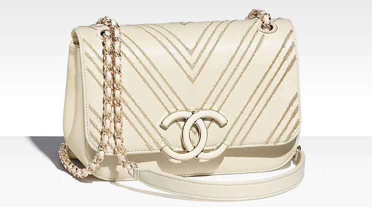 Chanel-Subtle-Flap-Bag-4