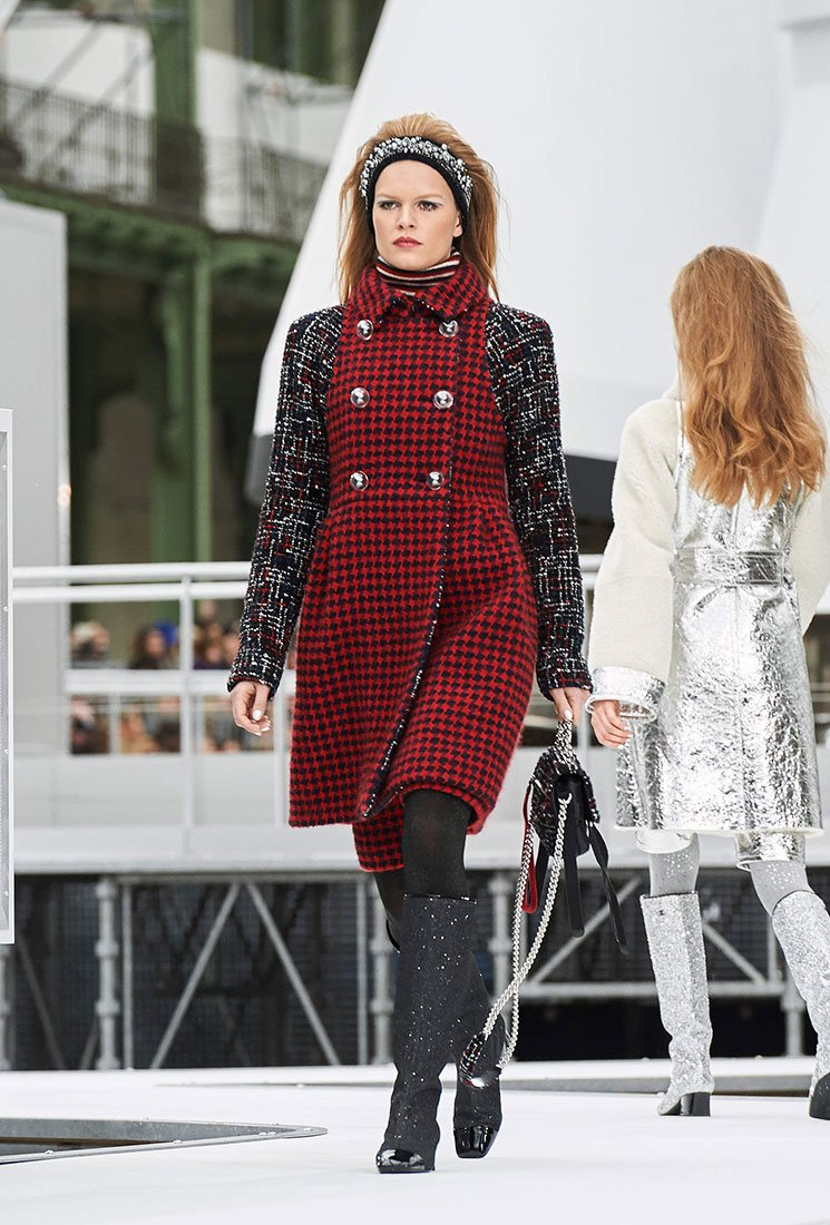 Chanel-Tweed-Nylon-Astronaut-Essentials-Flap-Bag-5