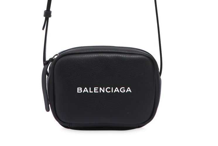 Balenciaga-Everyday-Camera-Bag-4