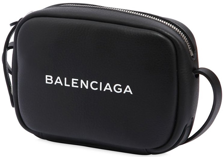 Balenciaga-Everyday-Camera-Bag-5