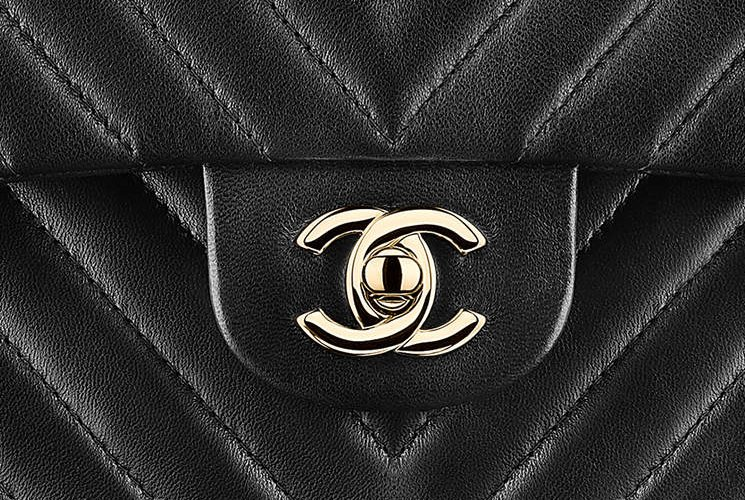 Chanel-Chevron-Small-Classic-Flap-Bag-5