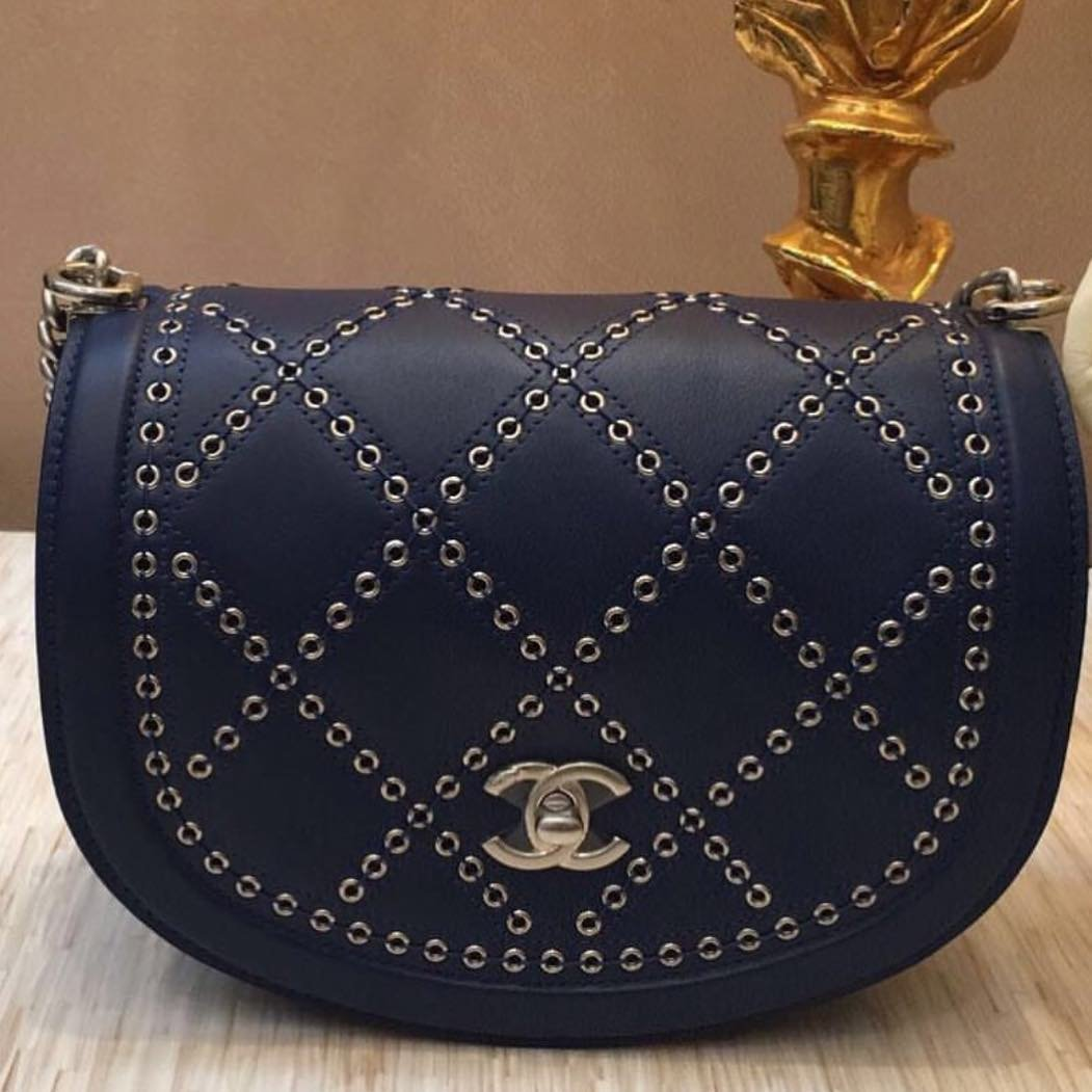 Chanel-Coco-Eyelets-Round-Flap-Bag-6