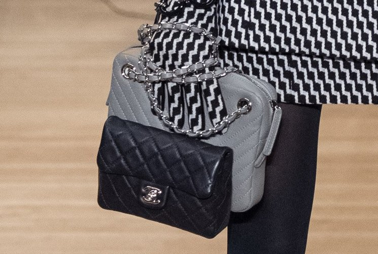 Chanel-Metiers-D_Art-2018-Runway-Bag-Collection-40
