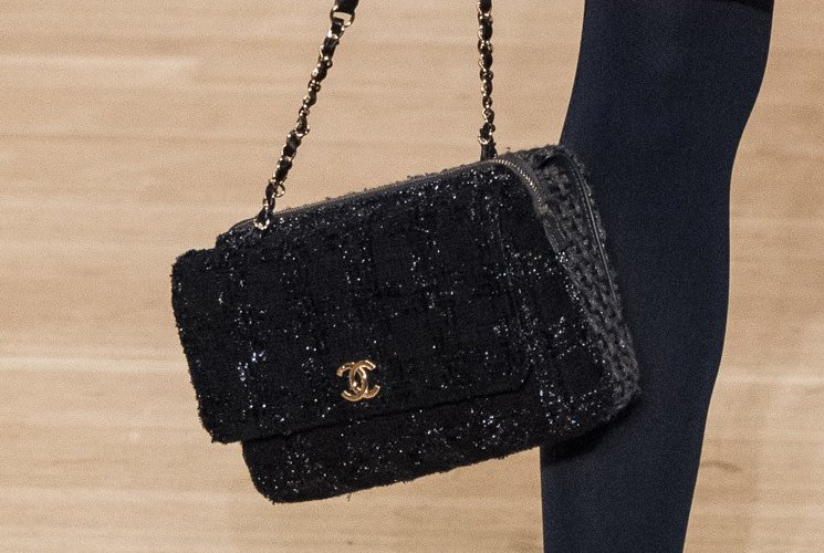 Chanel-Metiers-D_Art-2018-Runway-Bag-Collection-42