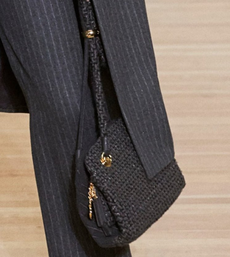Chanel-Metiers-D_Art-2018-Runway-Bag-Collection-6