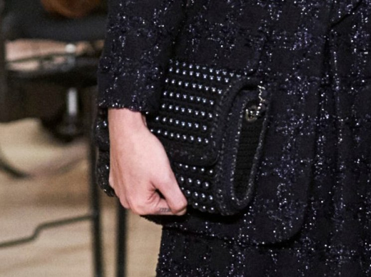 Chanel-Metiers-D_Art-2018-Runway-Bag-Collection-8