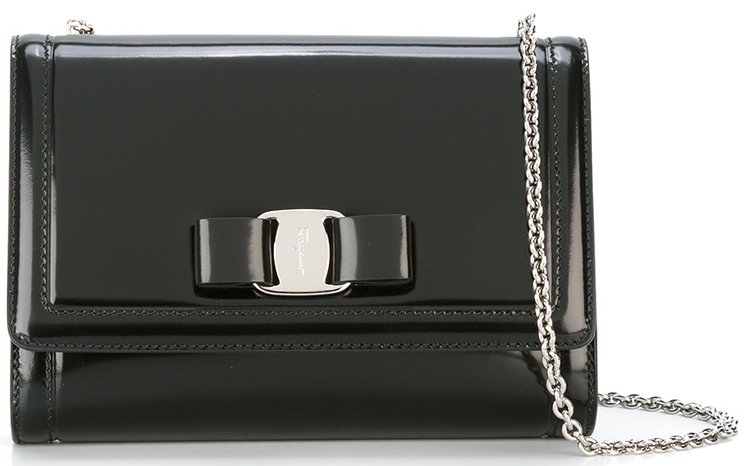 Salvatore-Ferragamo-Vara-Shoulder-Bag-4