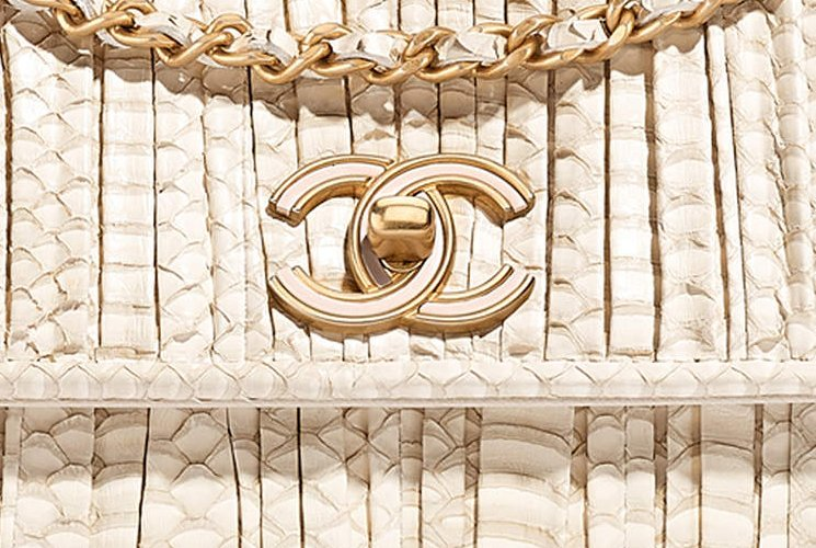 Chanel-Coco-Pleats-Clutch-with-Chain-3