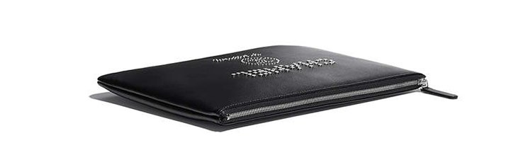 Chanel-Deauville-Studded-Logo-O-Case-3