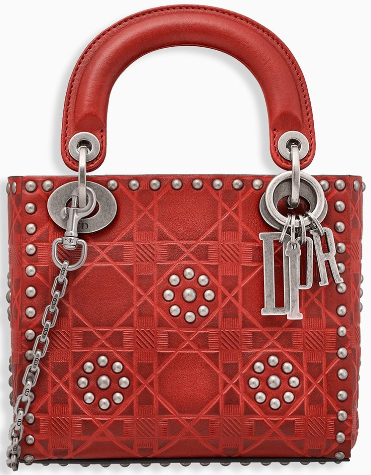 Lady-Dior-Bag-with-Chain-10