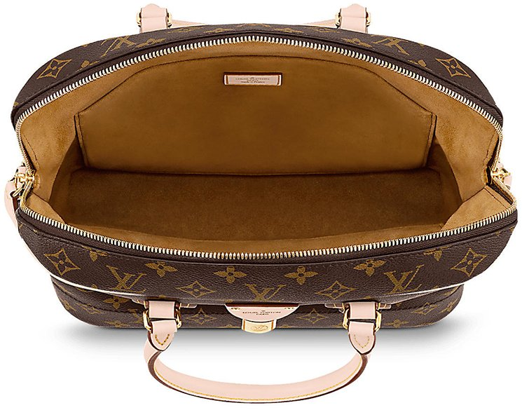 Louis-Vuitton-CarryAll-Bag-4