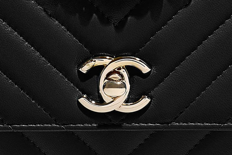 Chanel-Chevron-Trendy-CC-WOC-14