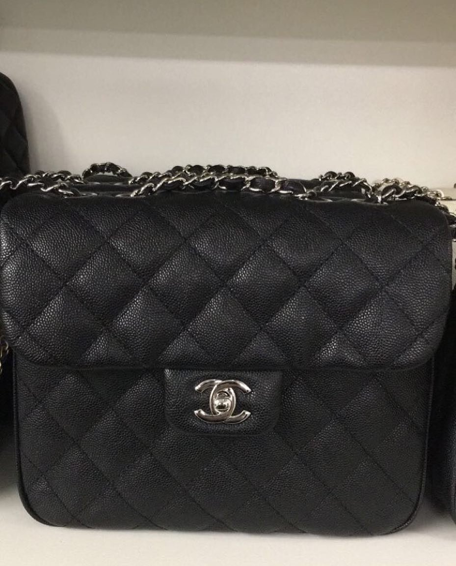 Chanel-Classic-Shoulder-Flap-Bag-5