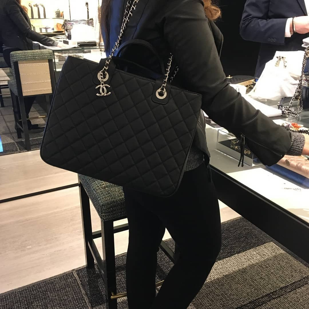 Chanel-Daily-2-Shopping-Bag-5