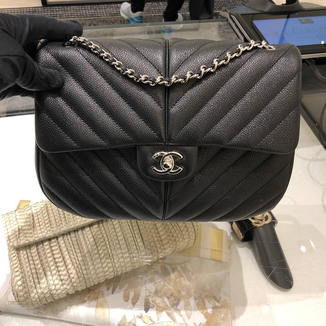 Chanel-Puffy-Bag