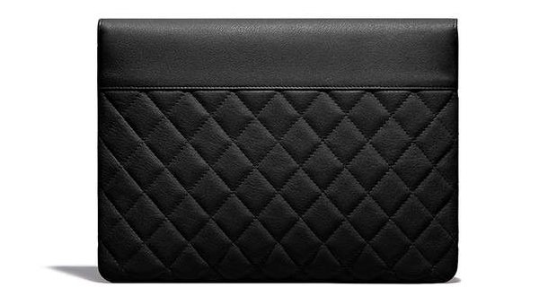 Chanel-Urban-Companion-O-Cases-3