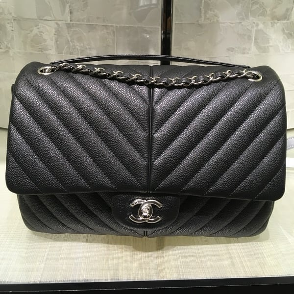 Chanel-puffy-bag-black