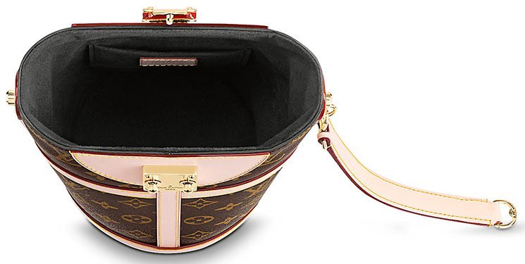 Louis-Vuitton-Classic-Duffle-Bag-4