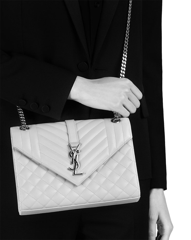 Saint-Laurent-Envelope-Chain-Bag-16
