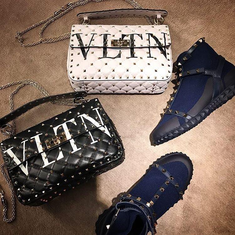 Valentino-VLTN-Rockstud-Spike-Bag-2