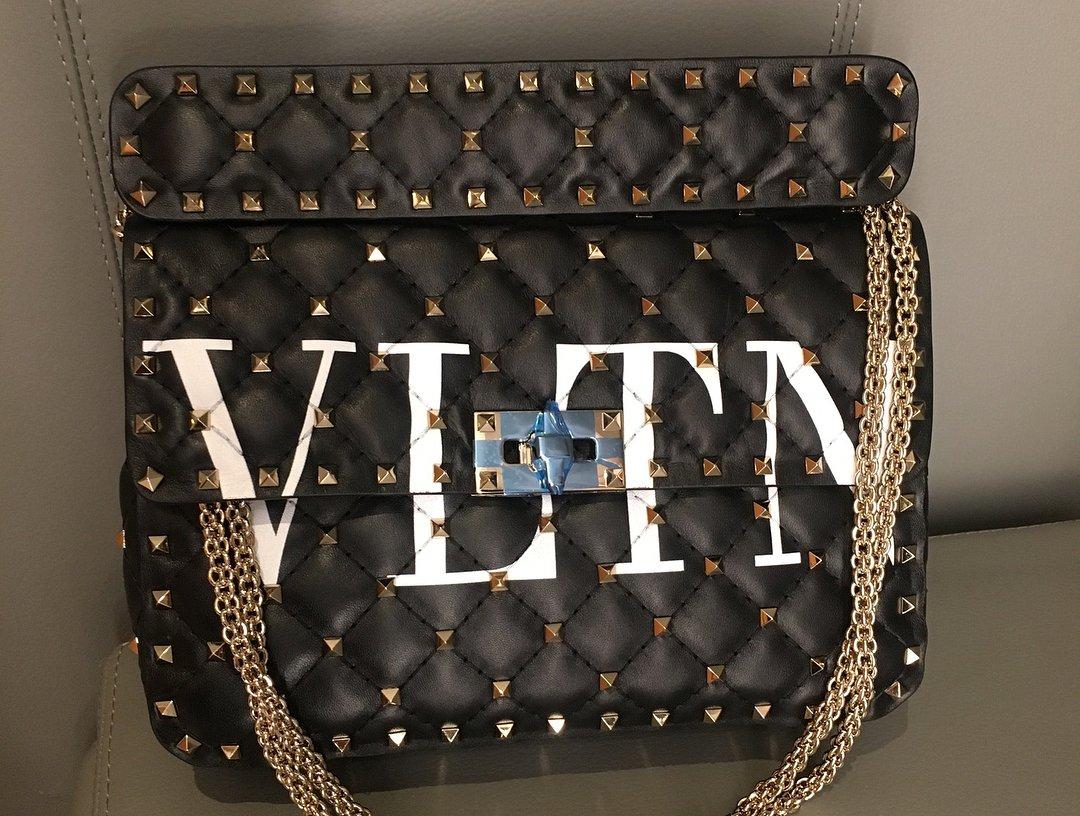 Valentino-VLTN-Rockstud-Spike-Bag-4