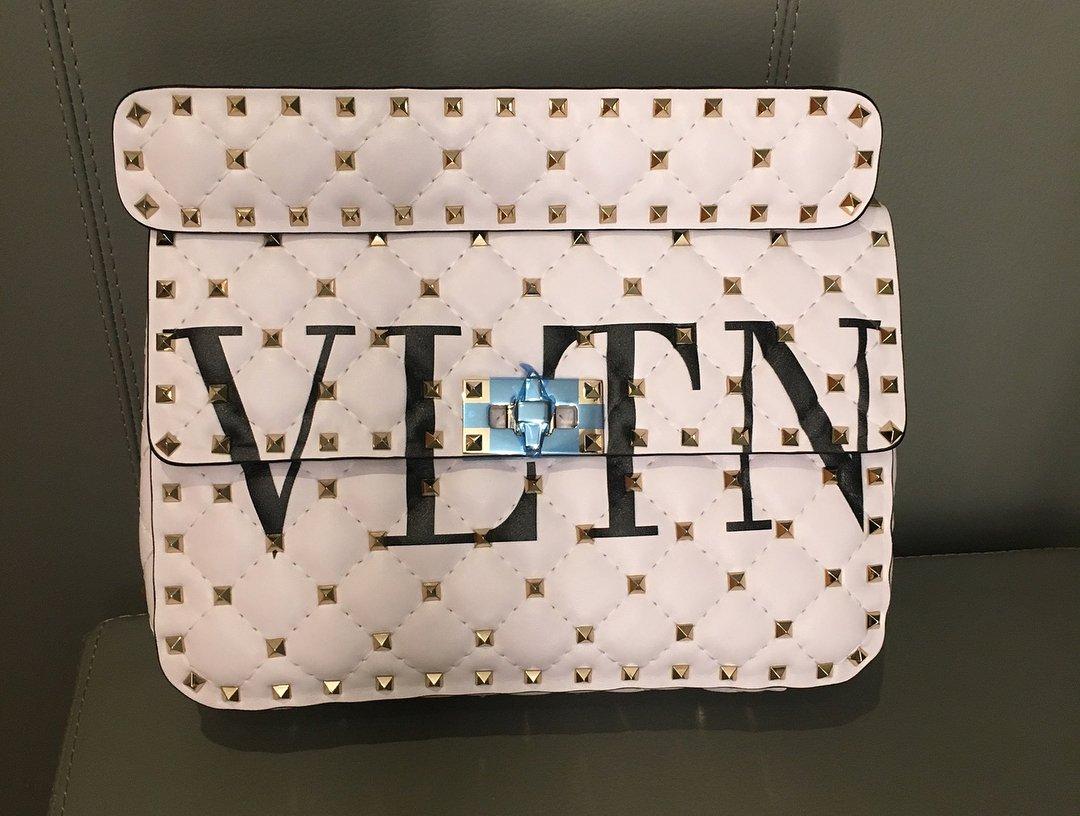 Valentino-VLTN-Rockstud-Spike-Bag-5