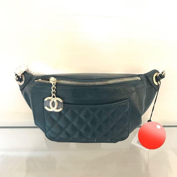 Chanel-Bi-Classic-Waist-Bag-8