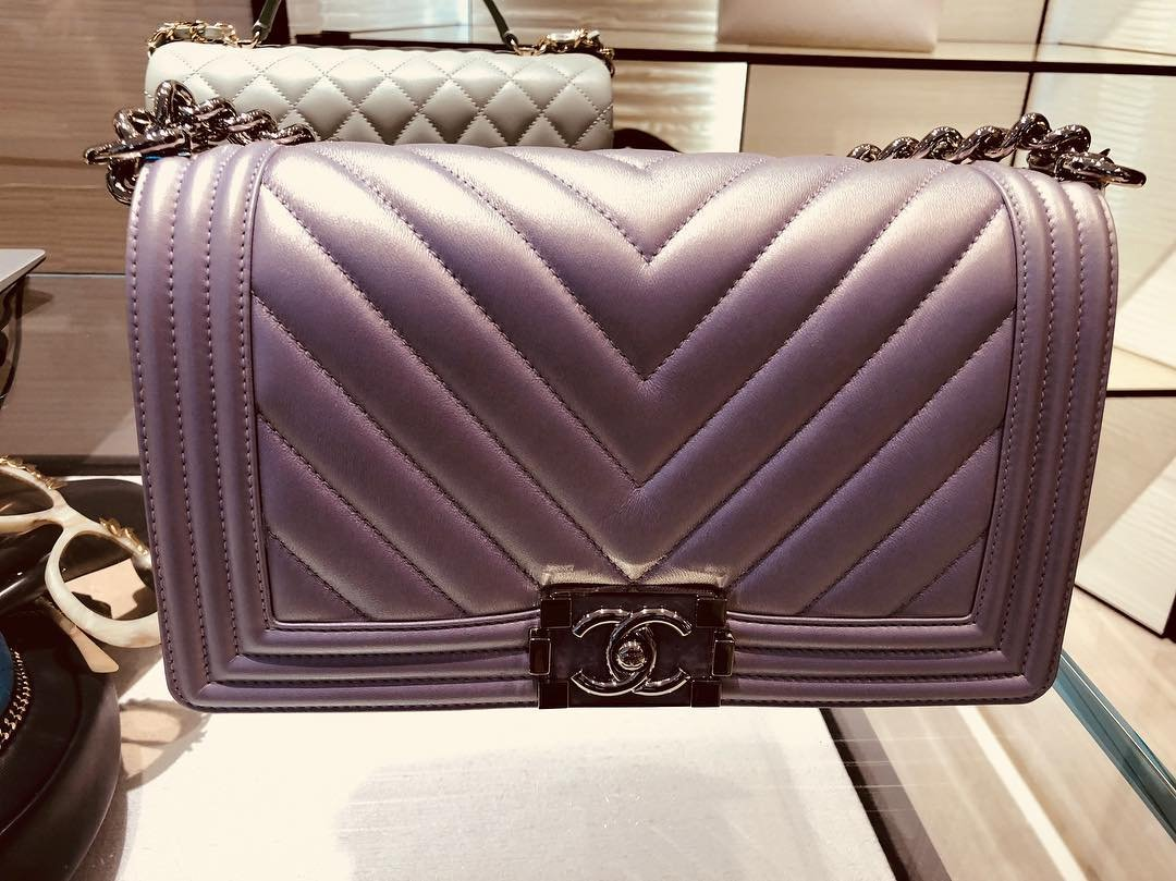 Chanel-Boy-Chevron-Colored-Clasp-Bag-7