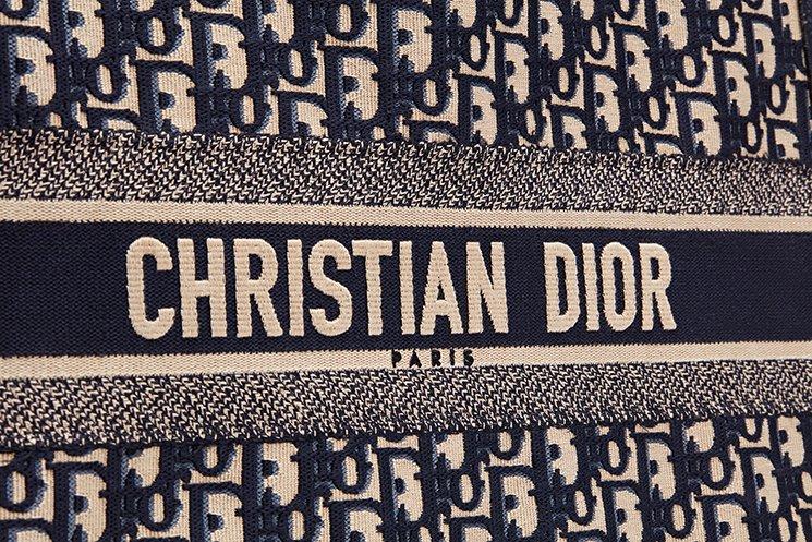 Dior-Book-Tote-Bag-4