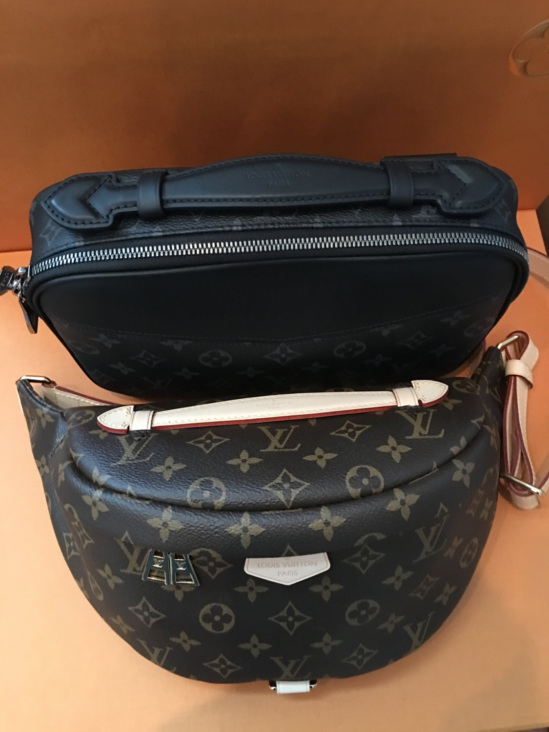 Louis-Vuitton-Bum-Bag-15
