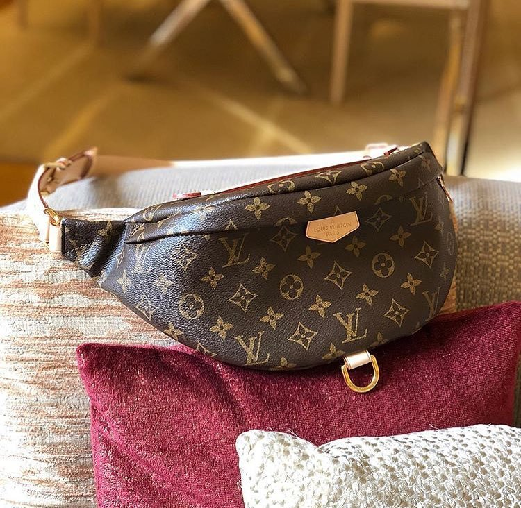 Louis-Vuitton-Bum-Bag-4