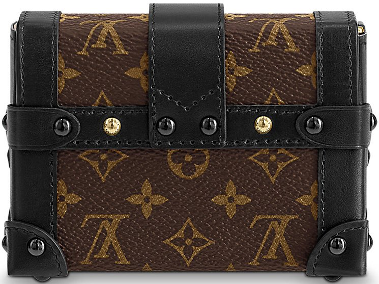 Louis-Vuitton-Essential-Trunk-Bag-5