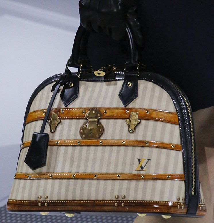 Louis-Vuitton-Fall-Winter-2018-Collection-Preview-30