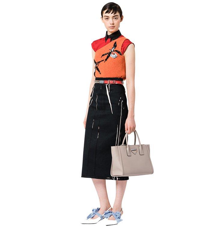 Prada-Concept-Tote-Bag-6