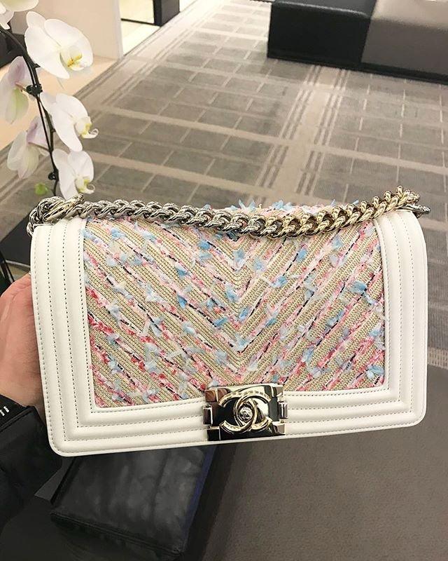 Chanel-Boy-Tweed-Chain-Chevron-Bag-8
